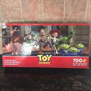 Disney's Pixar Tot Story 700 Pce Puzzle